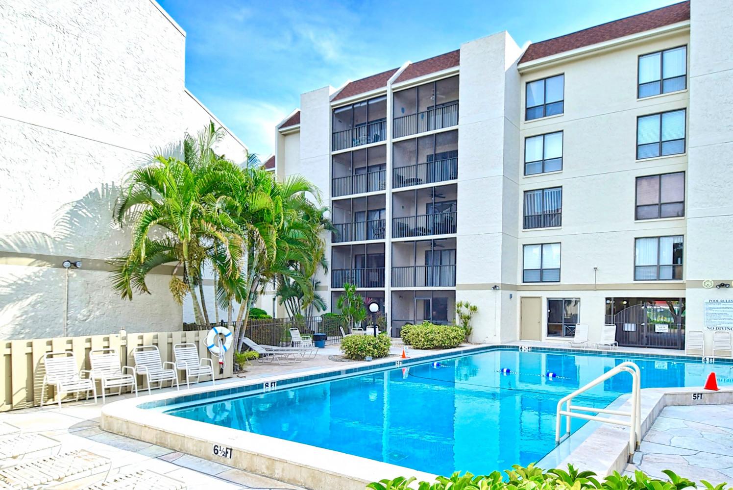 E33 - Siesta Key Vacation Rentals