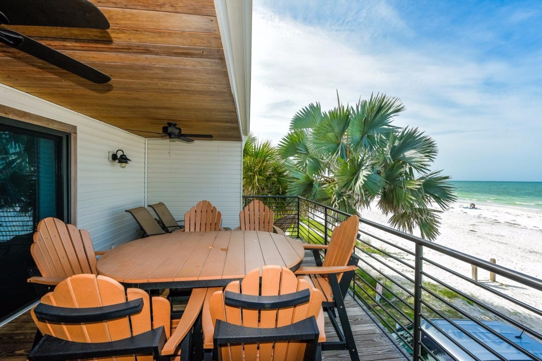 4 Bedroom Beachfront Home-Sleeps 12 - Siesta Key Vacation Rentals