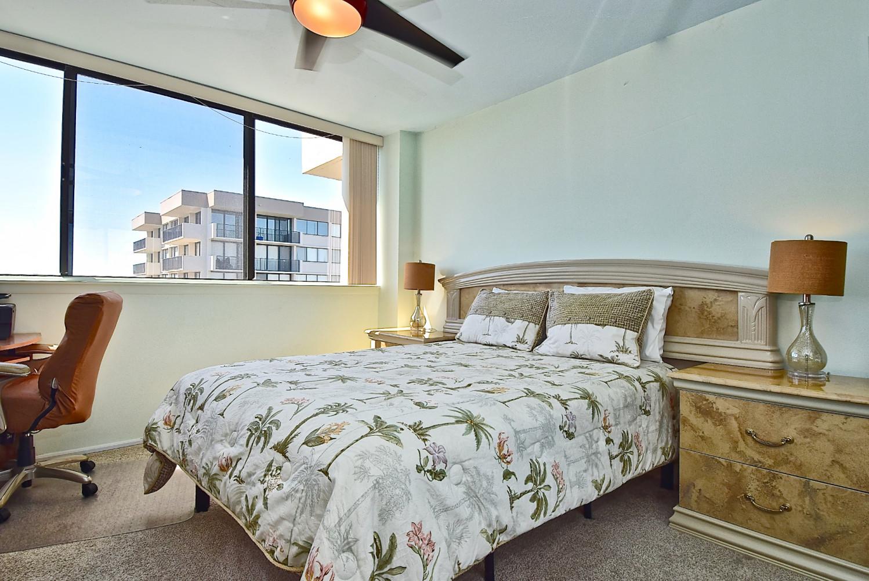 2 Bedroom/ 2 Bath Beachview