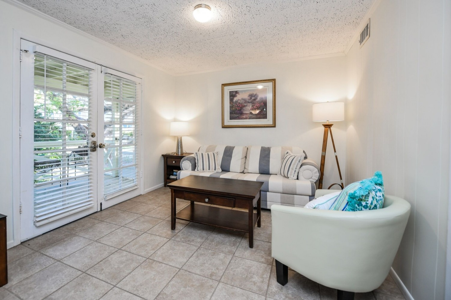 2 Bedroom Cottage 8A - Siesta Key Vacation Rentals