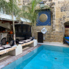 Pool bar_Lulu Boutique Hotel