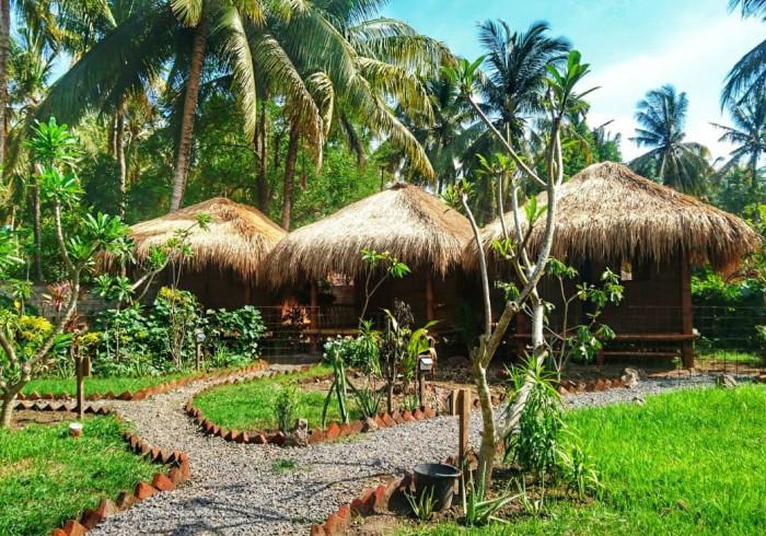 SAME SAME Bungalows Eco Lodge