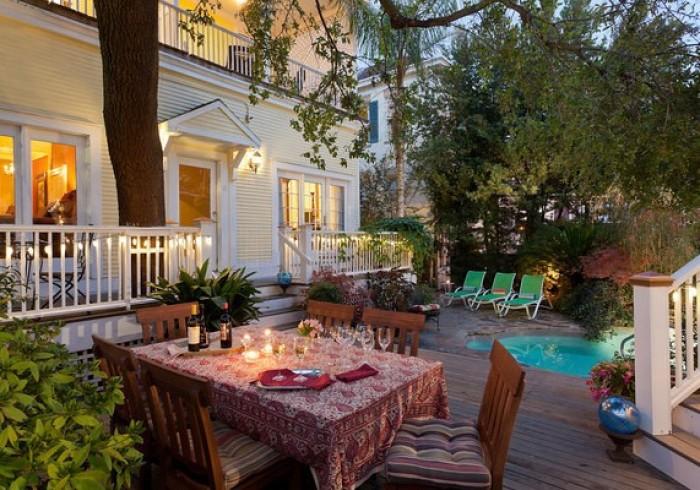 Azalea Inn & Villas